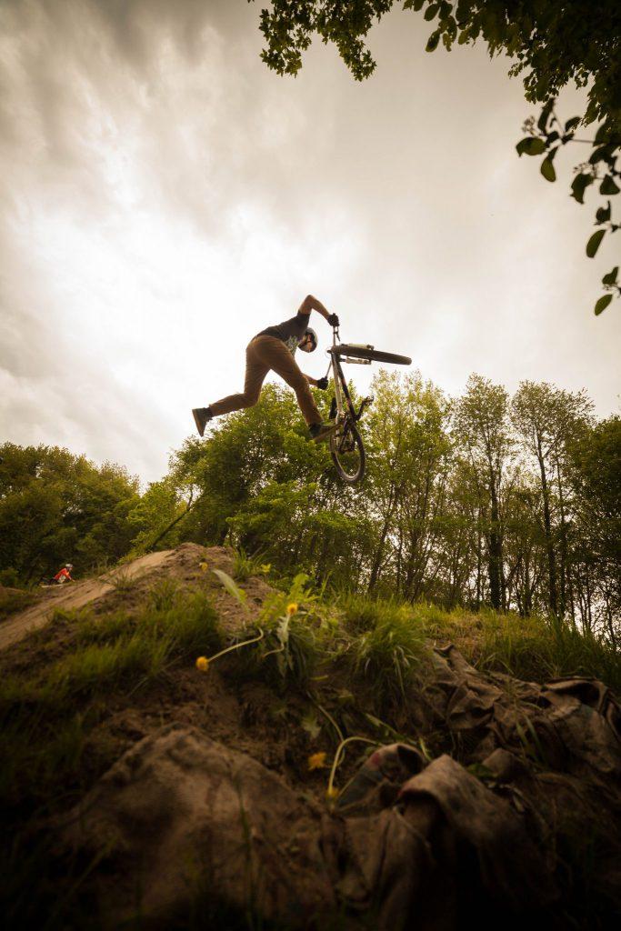 Niki Leitner Tailwhip From Dirt till Dawn Krumnussbaum