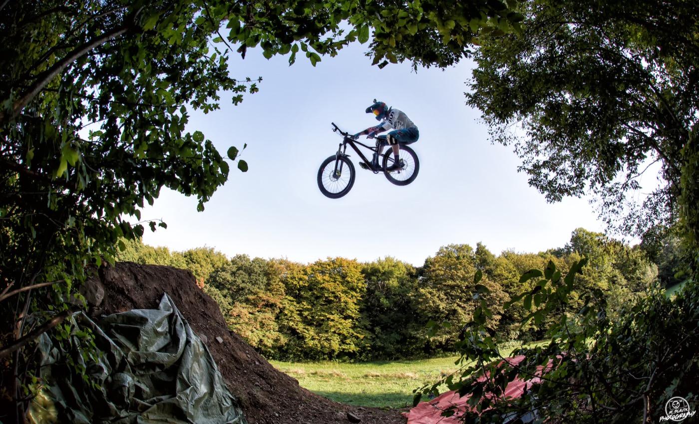 More Bikes More Fun Hannes Slavik 4X Fully