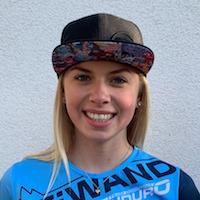 Yana Dobnig LINES Rider Profil