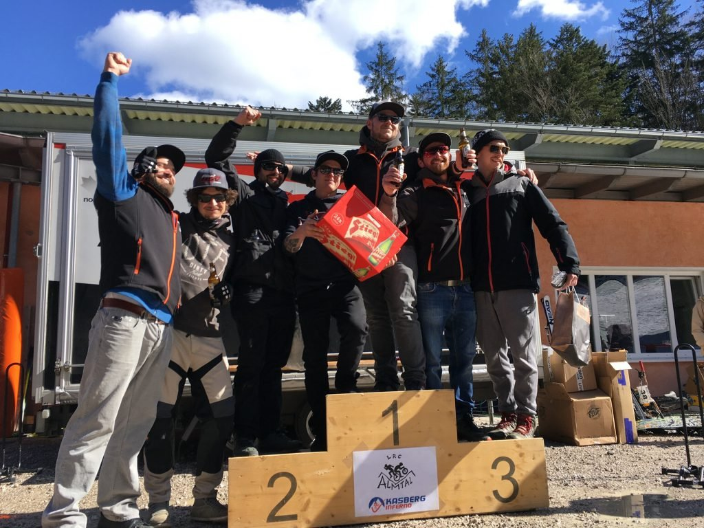 Kasberg Inferno 2020 schneefräsn größtes Team Dirty Trail Friends