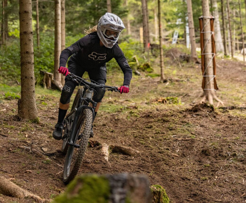 Wexl Trails Downhill Line Marlena Neissl