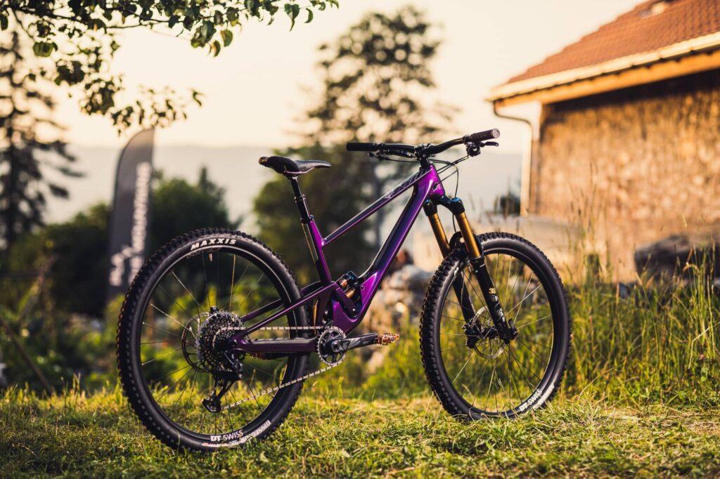 SCOR 4060 Purple